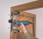 Какой инструмент нужен для установки межкомнатных дверей