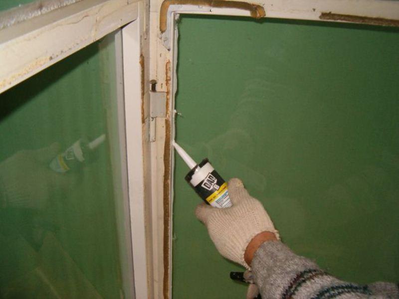 Ремонт деревянных окон с утеплением по шведской технологии в.