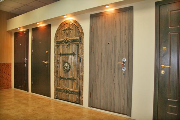 Качественные стальные двери для дома.