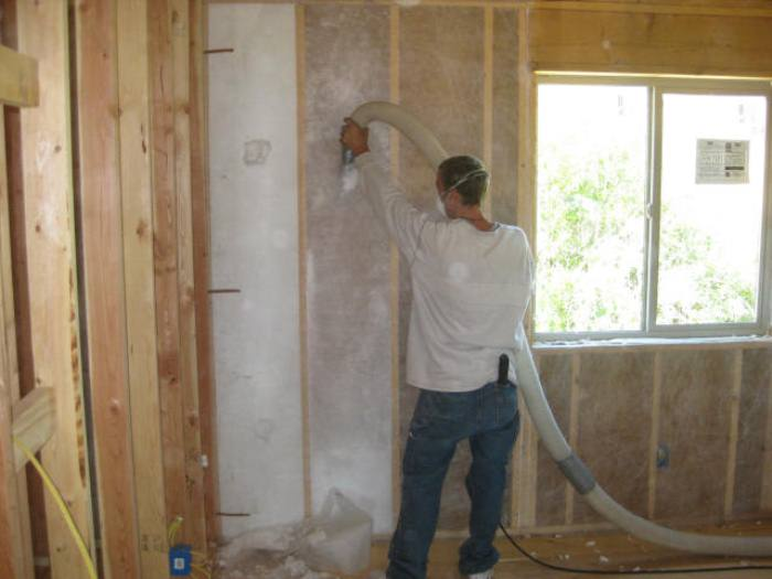 blown-in-wall-insulation